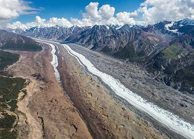 A melted glacial valley. Courtesy of the National Park Service and Jacob W. Frank.